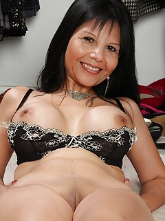 Hot mature asian milf